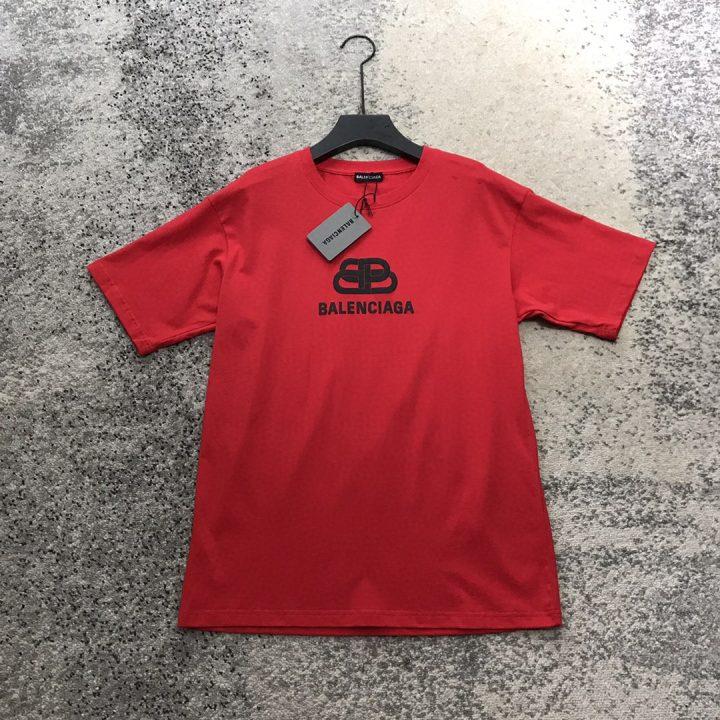 camiseta balenciaga x calzetonia color