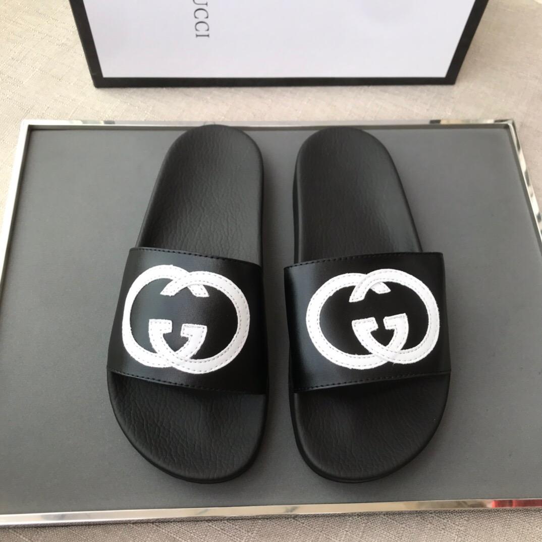 Chanclas Gucci SS19 Black & White